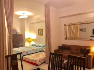 2BR HAMILO CONDO @ PICO DE LORO, Apartmanok  Nasugbu - big - 27