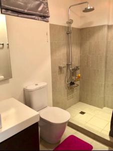 2BR HAMILO CONDO @ PICO DE LORO, Appartamenti  Nasugbu - big - 32
