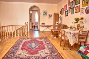 Nitsa Guest House, Penzióny  Gori - big - 72
