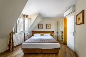 Double Room with Roof View 1 or 2 persons