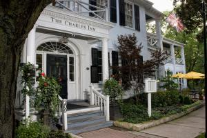 The Charles Hotel, Hotely  Niagara on the Lake - big - 1