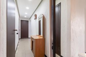 Apartment on Malaya Pirogovskaya 23, Ferienwohnungen  Moskau - big - 37