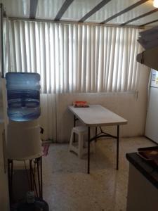 Habitacion con vigilancia al sur CDMX, Alloggi in famiglia  Città del Messico - big - 10