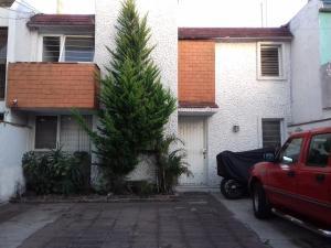 Habitacion con vigilancia al sur CDMX, Alloggi in famiglia  Città del Messico - big - 13