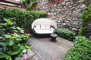 Spectacular Deluxe Room with Private Garden