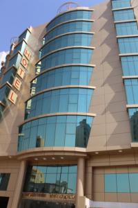 Golden Tower Hotel