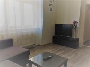 Guestin 2Room Apartment @ Francouzska, Апартаменты  Прага - big - 1