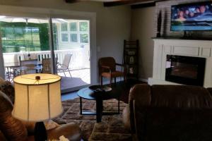 The Golf House, Hétvégi házak  Radcliff - big - 33
