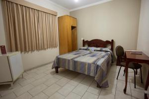 Hotel Vitoria, Hotely  Pindamonhangaba - big - 11