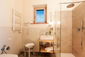 Casale Sterpeti, Bed and breakfasts  Magliano in Toscana - big - 18