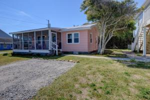 138 S 3rd Ave, Vendégházak  Kure Beach - big - 28
