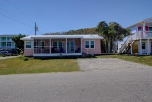 138 S 3rd Ave, Vendégházak  Kure Beach - big - 25
