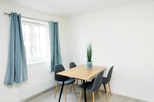 Nordic Host Apts - Tromsø City Center - Vestregata 64A, Apartments  Tromsø - big - 3