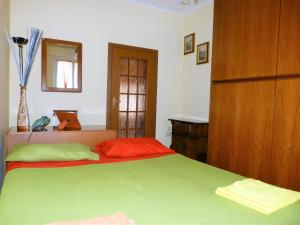 Graziosa camera da letto - AbcAlberghi.com