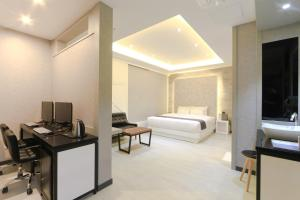 City Hotel G&G, Отели  Пусан - big - 2