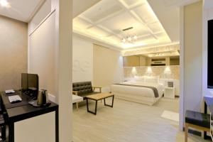 City Hotel G&G, Отели  Пусан - big - 4