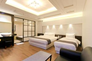 City Hotel G&G, Отели  Пусан - big - 8
