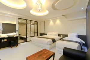 City Hotel G&G, Отели  Пусан - big - 17