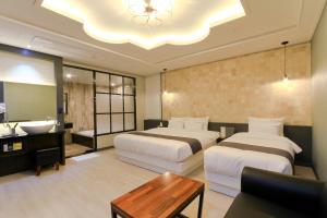 City Hotel G&G, Отели  Пусан - big - 18