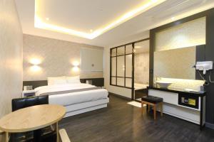 City Hotel G&G, Отели  Пусан - big - 21