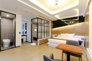 City Hotel G&G, Отели  Пусан - big - 32