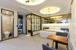 City Hotel G&G, Отели  Пусан - big - 38