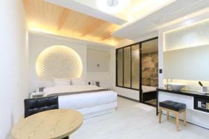 City Hotel G&G, Отели  Пусан - big - 39