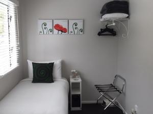 Kiwi House Waiheke, Bed & Breakfast  Oneroa - big - 3