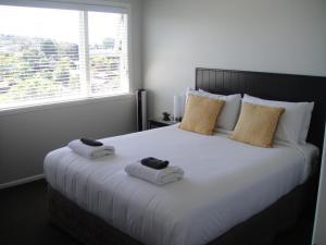 Kiwi House Waiheke, Bed & Breakfast  Oneroa - big - 2