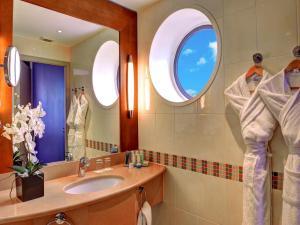 Radisson Blu Hotel, Biarritz (5 of 65)