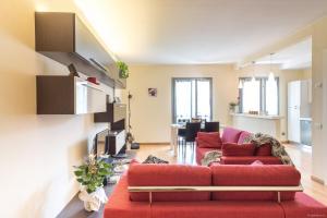 The WALLS- Stylish House - AbcAlberghi.com