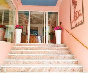 Residence Hotel B&B Rosa - AbcAlberghi.com