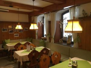 Pension Sommer's Jausenplatzerl, Guest houses  Purkersdorf - big - 44