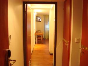 Résidence du Soleil, Aparthotels  Lourdes - big - 12