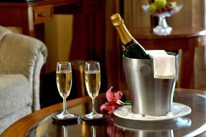 Radisson Hotel Shimla, Hotels  Shimla - big - 21