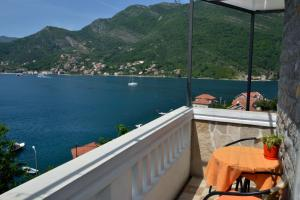 Apartments Okuka, Apartmanok  Tivat - big - 7