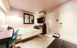 Two Heart Hotel, Hotely  Pusan - big - 14