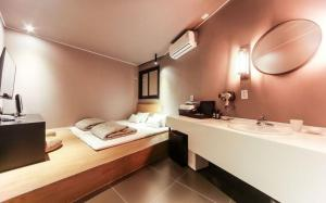 Two Heart Hotel, Hotely  Pusan - big - 15