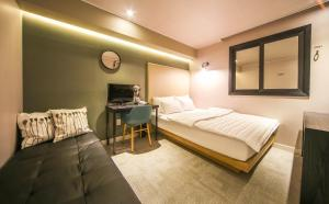 Two Heart Hotel, Hotely  Pusan - big - 27