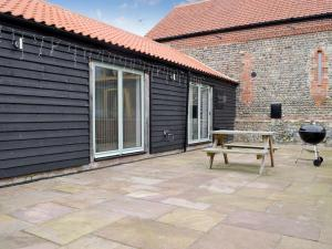Courtyard Barn, Case vacanze  Trunch - big - 4