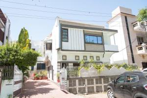 OYO 13225 Home Cozy Stay Bhupalpura, Apartmanok  Udaipur - big - 1