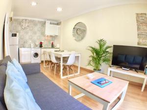 Ahro Suites, Апартаменты  Малага - big - 160