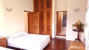 Villas de Atitlan, Комплексы для отдыха с коттеджами/бунгало  Серро-де-Оро - big - 96