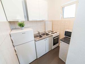 Maki Apartments, Apartments  Tivat - big - 29