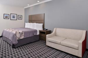 Americas Best Value Inn and Suites, Hotels  Humble - big - 11