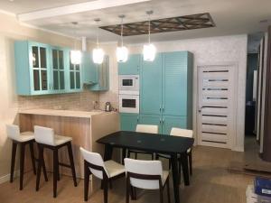 Апартаменты у моря, Apartmanok  Szocsi - big - 2