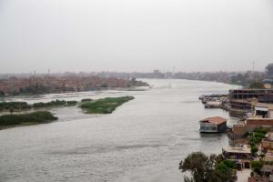 Condo by the Nile, Apartments  Cairo - big - 34