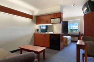 Microtel Inn and Suites by Wyndham Bossier City / Shreveport, Szállodák  Bossier City - big - 6