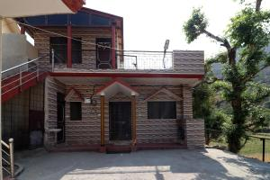 OYO 14149 Home Pleasant 1BHK Cottage Bhimtal Haldwani Road