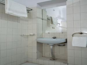 OYO 13224 Home Modern Stay Ambamata Scheme, Ferienwohnungen  Udaipur - big - 11